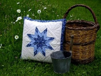 "Patchwork-Kissen ""Dark-Blue-Star"""